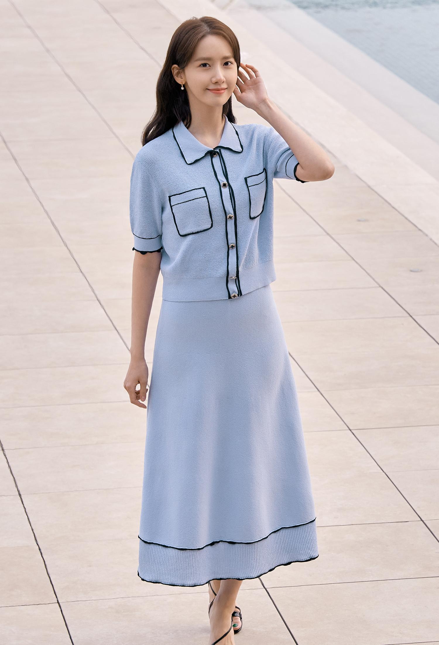 라인 배색 니트 가디건 (BLUE)