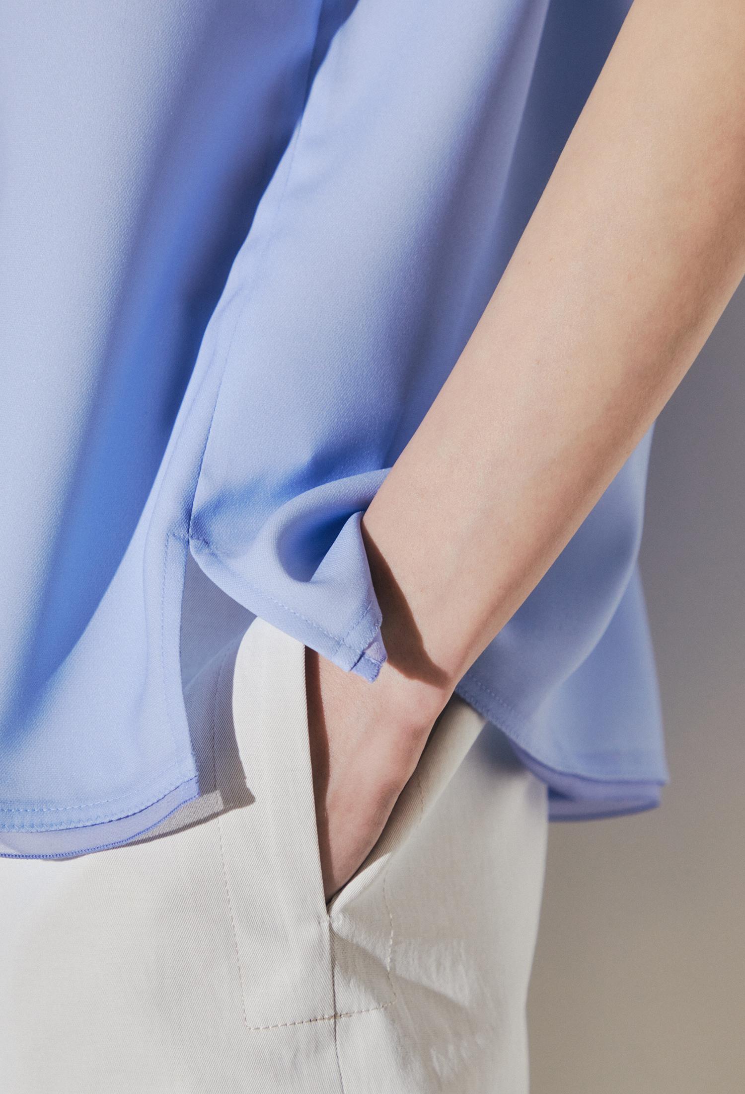 그라데이션 프린팅 티셔츠 (L/BLUE)