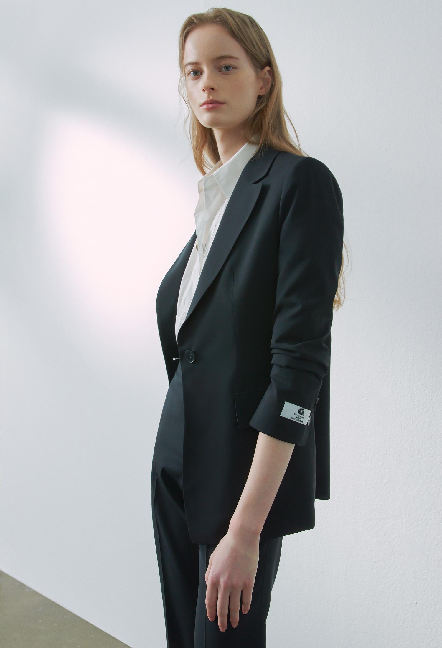 울 혼방 테일러드 싱글 자켓 (BLACK)