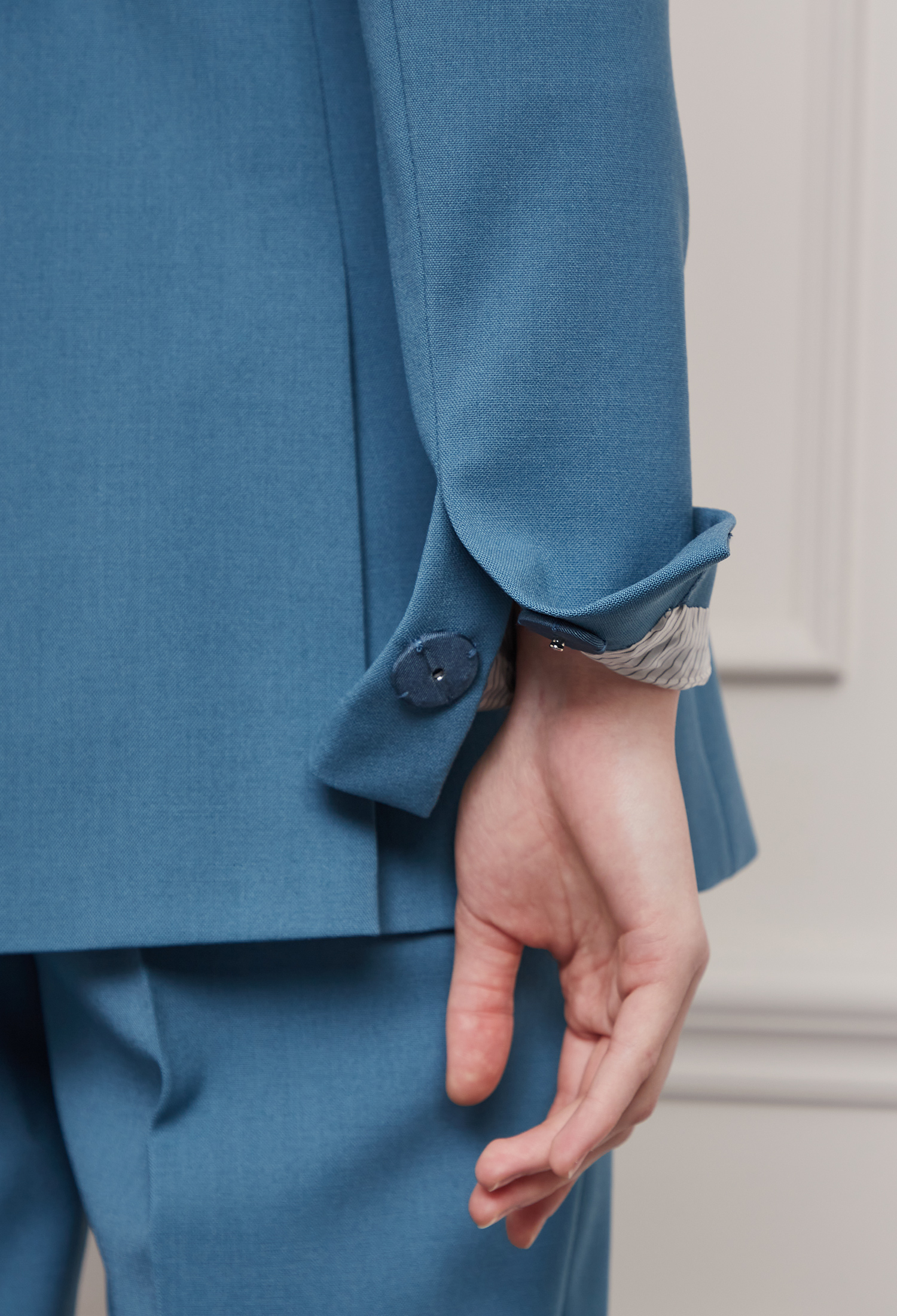 울 블렌드 벨티드 테일러드 재킷 (BLUE)